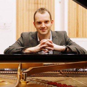 wedding pianist london | Martyn Croston